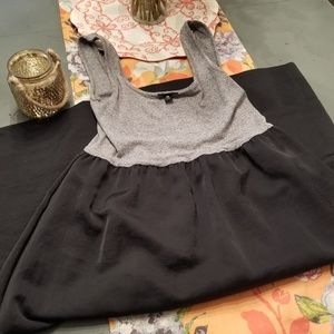 Adorable grey and black dress!